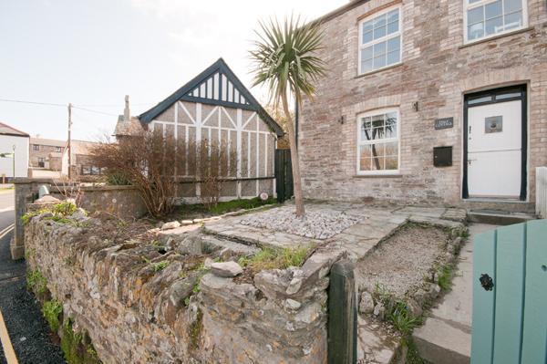 Charming Ende der Terrasse Ferienhaus, mit seitlichem Zugang zum privaten Garten hinter dem Haus