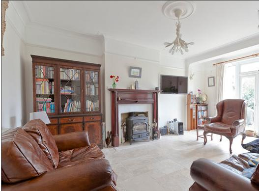 Double bedroom with comfy bed, aluguéis de temporada em Richmond-upon-Thames