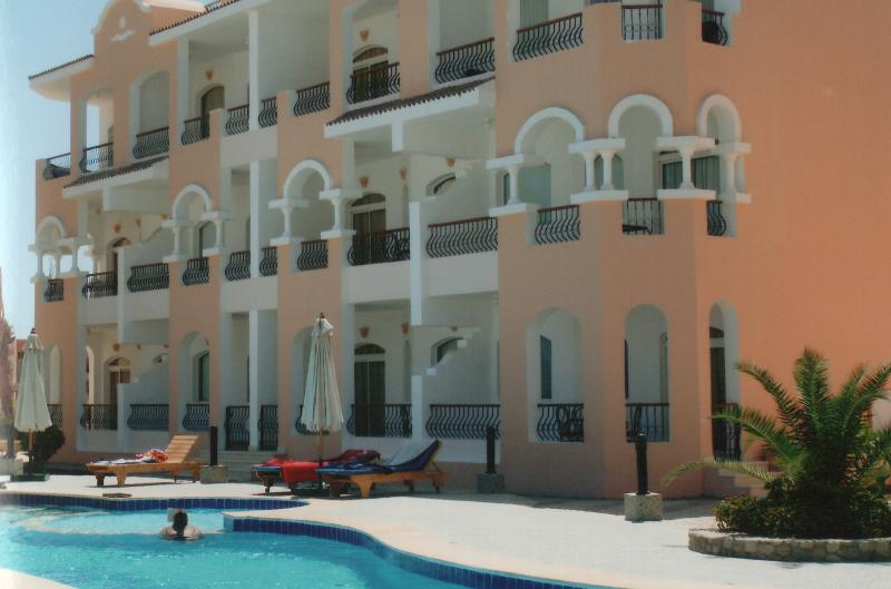 Apartment D2 Egyptian Experien, vacation rental in Sharm El Sheikh