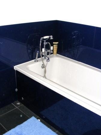 Jasmines Cottage Bathroom 2