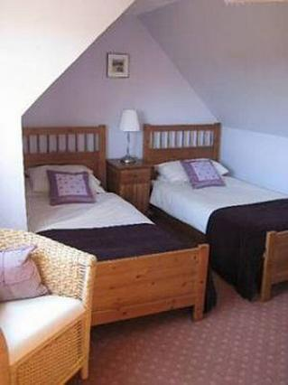 One of our cosy rooms on the upper floor, frsh linen and towels a plenty