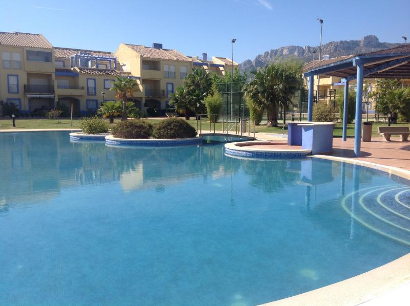 The pool and apartment
