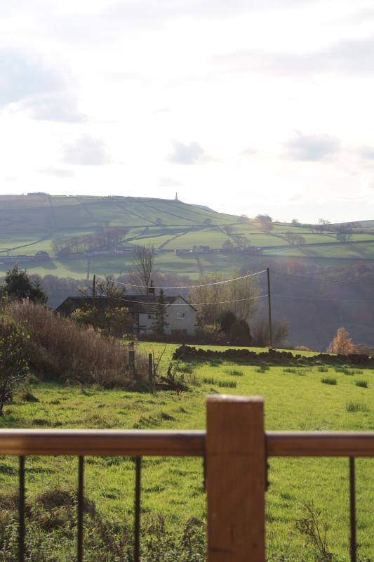 Across the fields & moors, the monument of Stoodley Pike is in view.