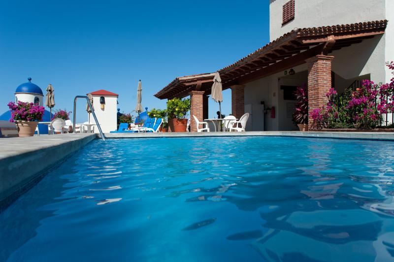 Roof top heated pool