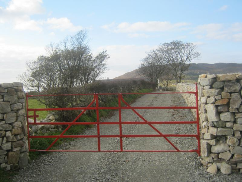 Entrance to Mia's Cottage, sea and lake vies from house.