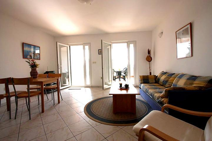 Spaciou apt with one bedroom large terrace and sofa bed for extra accommodation
