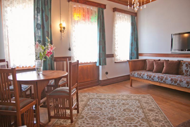 Living Room- Blue P & R Suite 1890