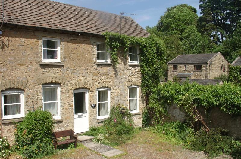 3 Stable Cottage, Spennithorne, casa vacanza a Leyburn