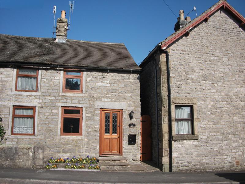 Avonlea Cottage frontal aspect