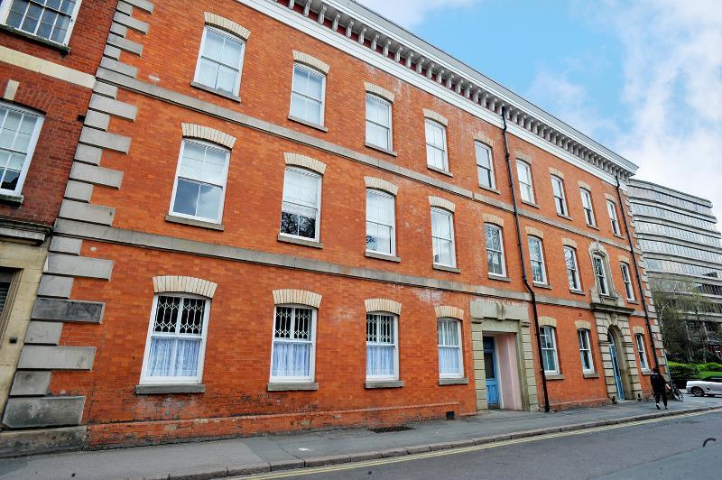 Schöne historische vorne Grad II aufgeführten Baumwollspinnerei an der King Street.