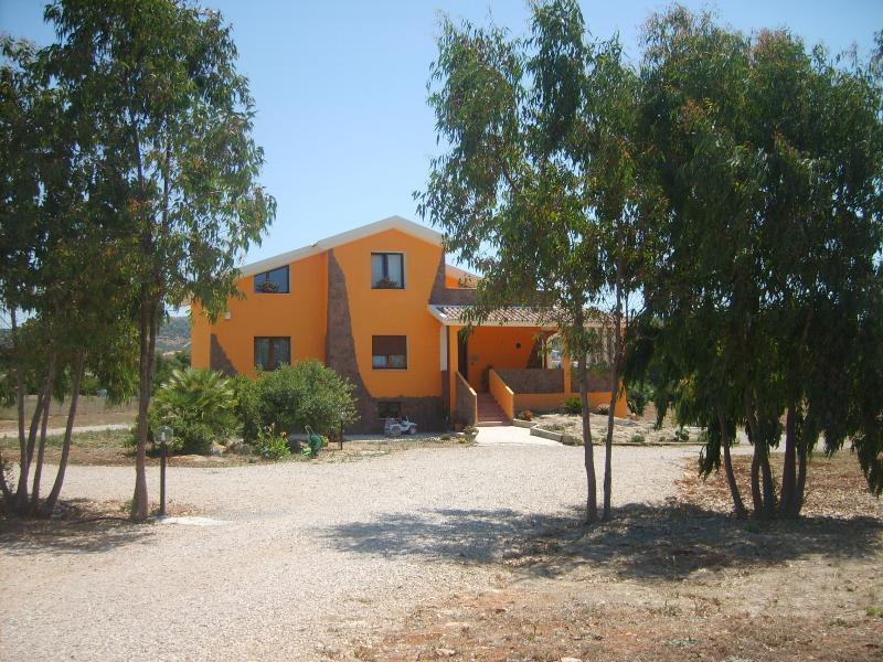bebcalchinadas, vacation rental in Olmedo