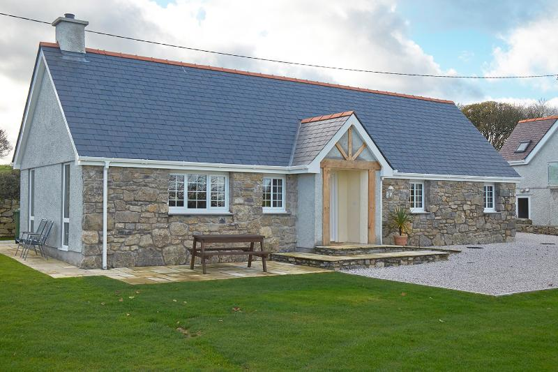 Y Bwthyn, vacation rental in Brynteg