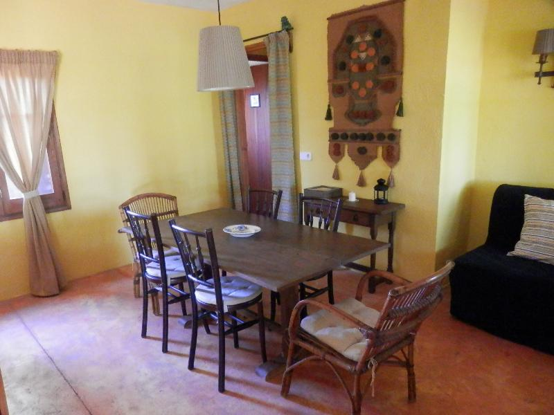 The House of six seater dining room