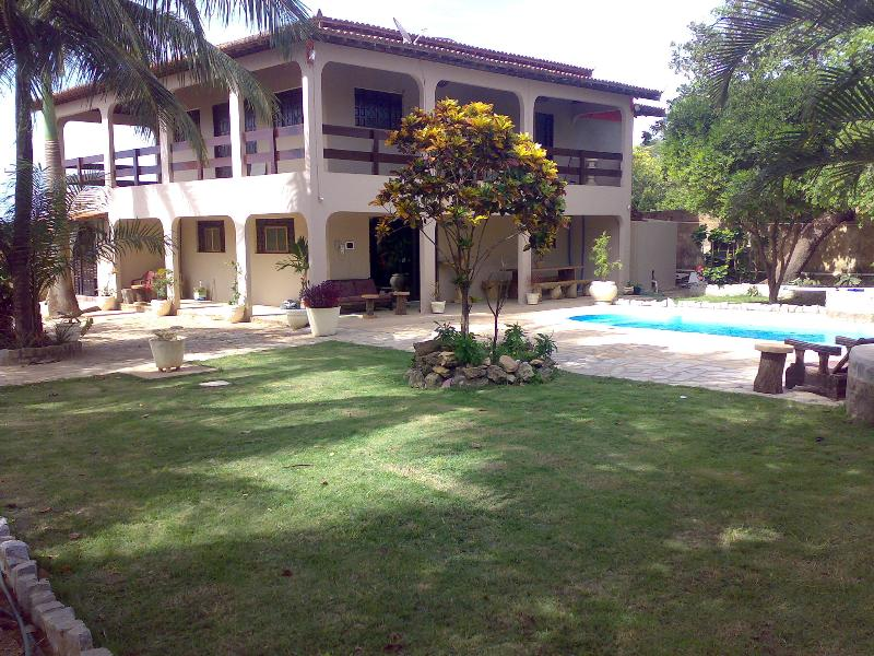 FANTASTIC 5 BEDROOM  HOUSE ON THE  BEACH, vacation rental in State of Paraiba