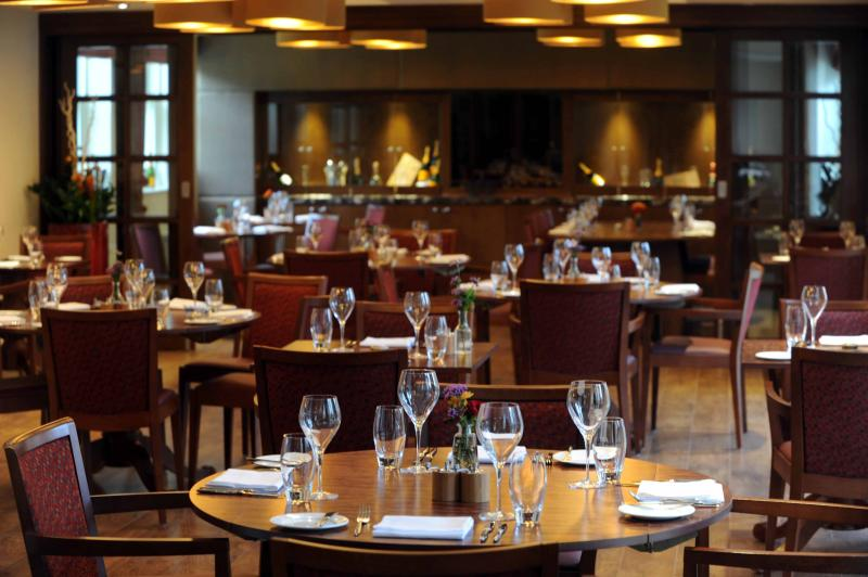 Brace Restaurant on the Estate is available for dining during your stay. Private dining available