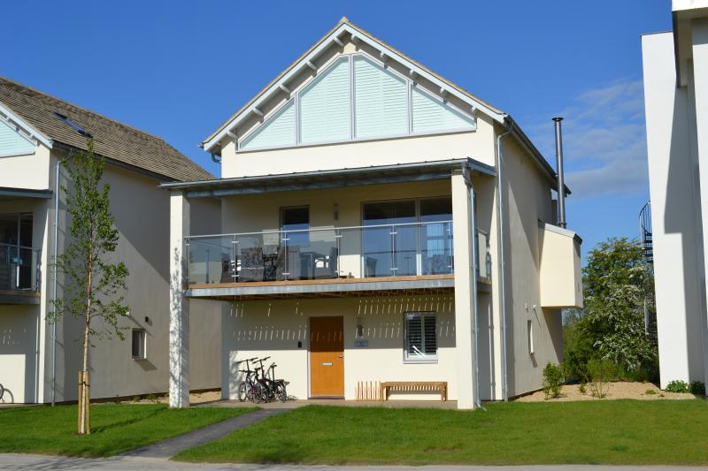 Sunnybank Lodge, covered ground floor porch, large first floor terrace, perfect for alfresco dining.