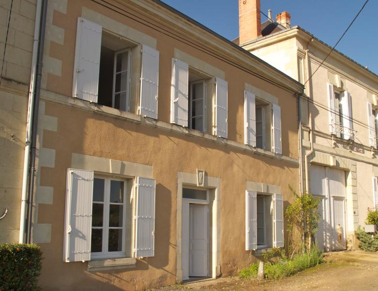 2 Bedroom Gite at La Grande Maison, holiday rental in La Chaussee