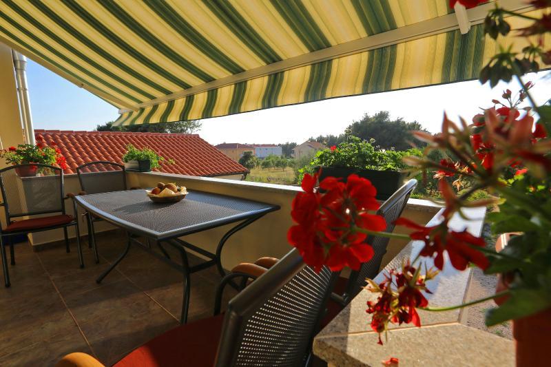 Suric Apartments, vacation rental in Privlaka