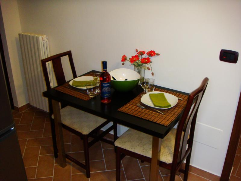 CARDELLINO - cosy dining area