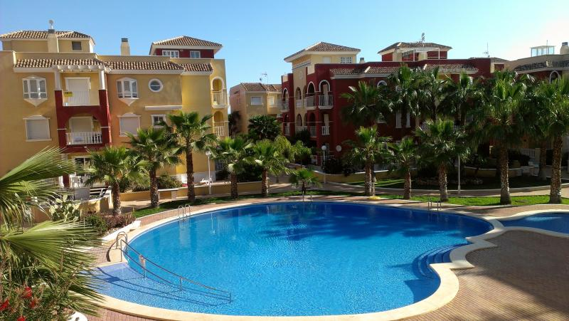 Puerto Marina Resort, Los Alcazares with beautiful landscaped gardens