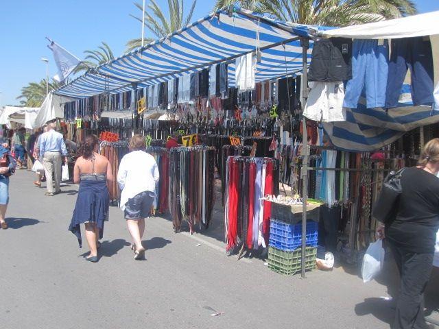 Entorno/Localidad Mercadillo al aire libre