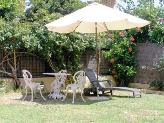 Jardín. Mobiliario