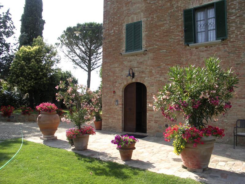 Peacock Manor (v020), location de vacances à Foiano Della Chiana