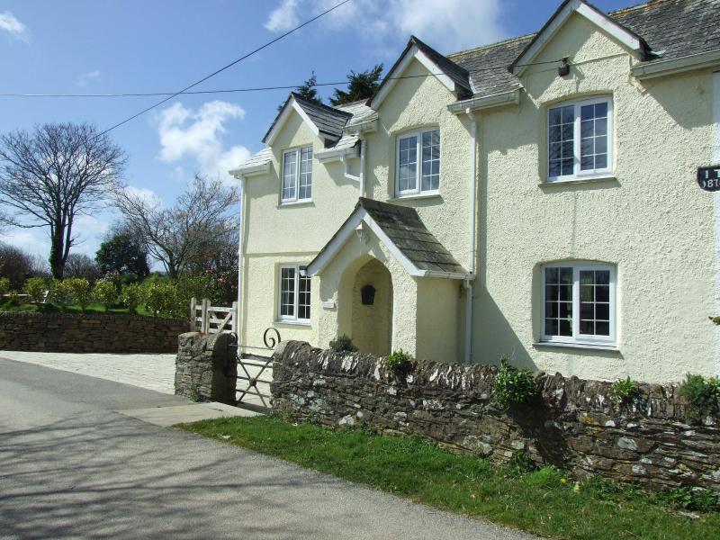 Tregarton Cottage, location de vacances à St Goran