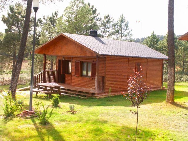 Bungalow de 2 habitaciones en Villalba De La Sierr, casa vacanza a Albalate de las Nogueras