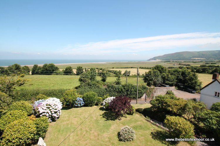 Underway, West Porlock - Large detached property with garden and stunning coasta, vacation rental in Exmoor National Park