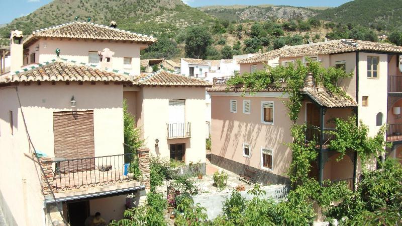House of the cousins and Casa Mirador