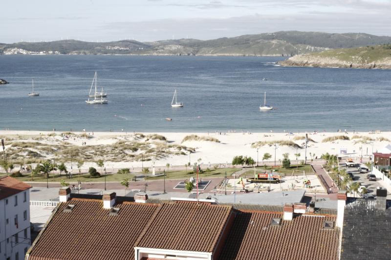 Entorno, playa a 200 mts.