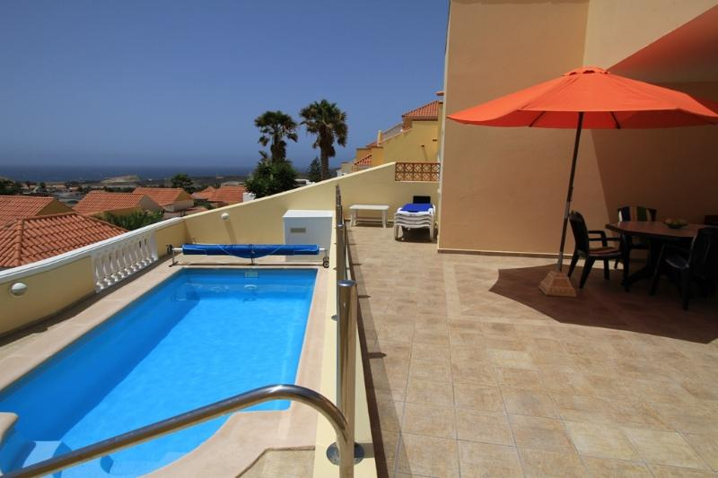 Private pool, sun terrace and sea views