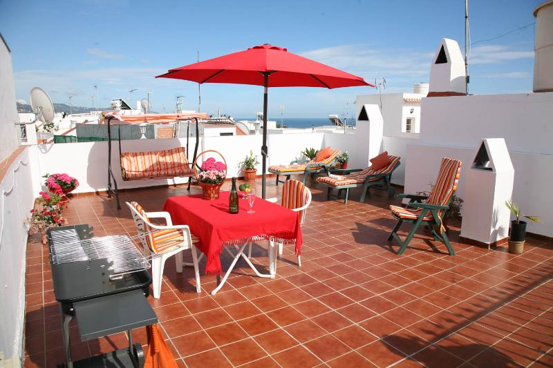 APARTMENT WITH SEA VIEW - WIFI, holiday rental in Nerja