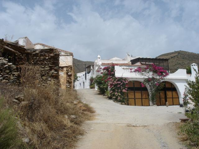 Entrance to El Ferrer
