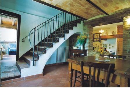Acacia farmhouse dining room