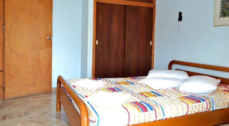 Maria Oniro 2 Bed Ap sea view, location de vacances à Kiveri