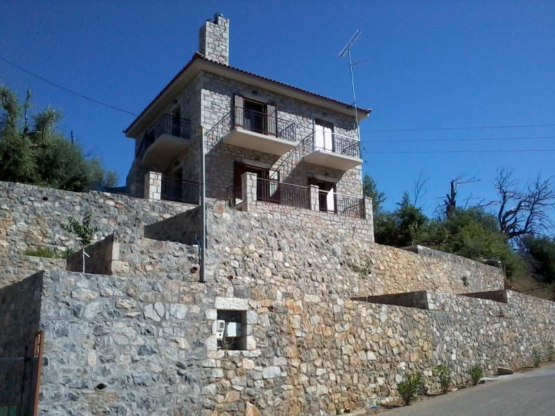 Kalamata-Stone Cottage Tayetos, holiday rental in Messini
