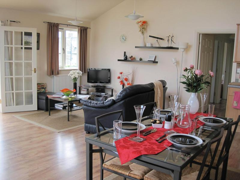 Lounge to kitchen all open plan. Ideal for spending time together whilst relaxing or preparing meals