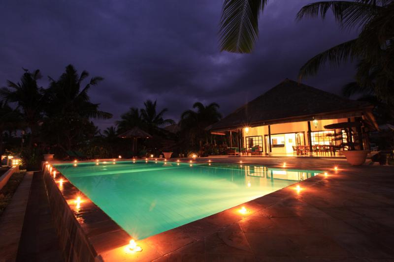 Villa Bunga Melati by night