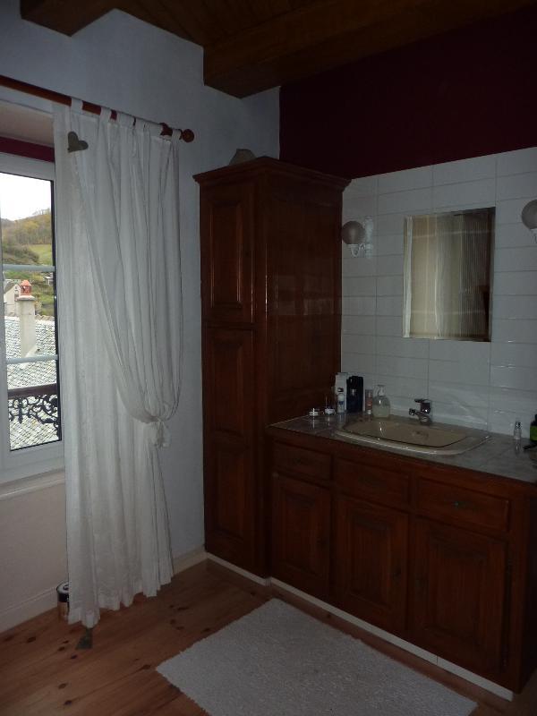 Main Bathroom, with shower room and full bath