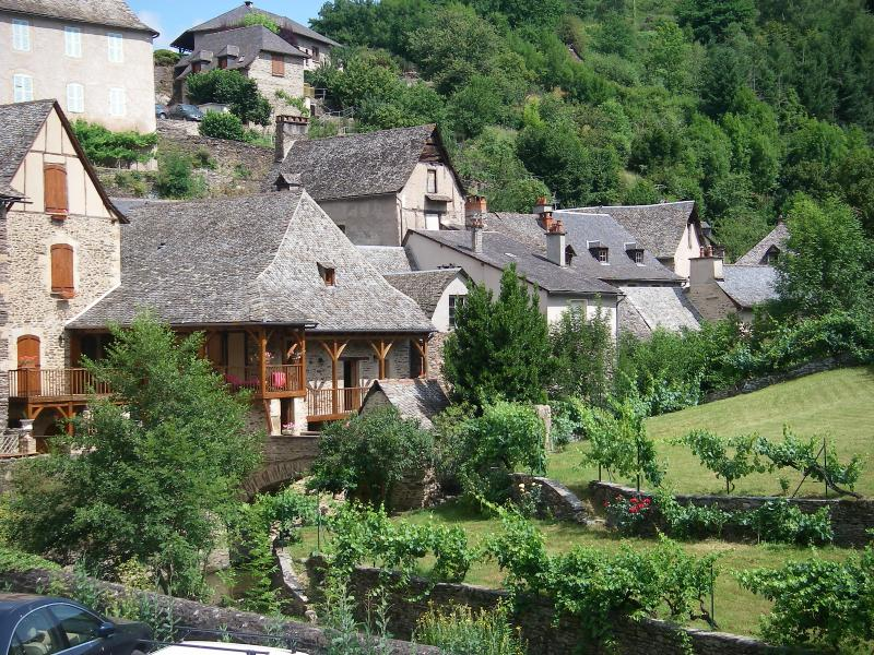 Cottages in the village below the Chateau