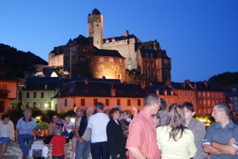 Summer night festivals in Estaing