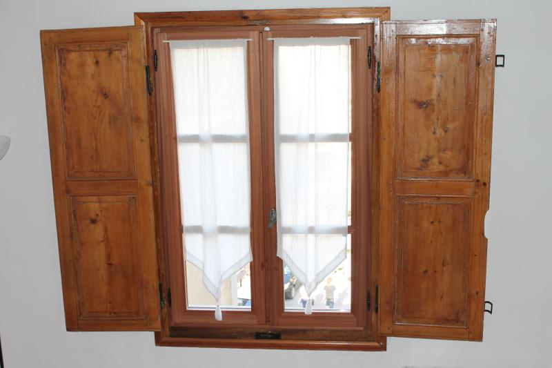 Windows with traditionnal spanes