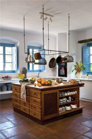 Wonderfully spacious and  fully equipped kitchen