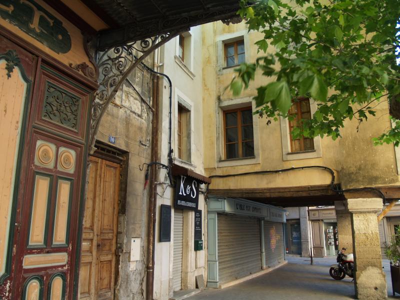 Entrance of the building, 10 place de la liberté at L'Isle sur la Sorgue