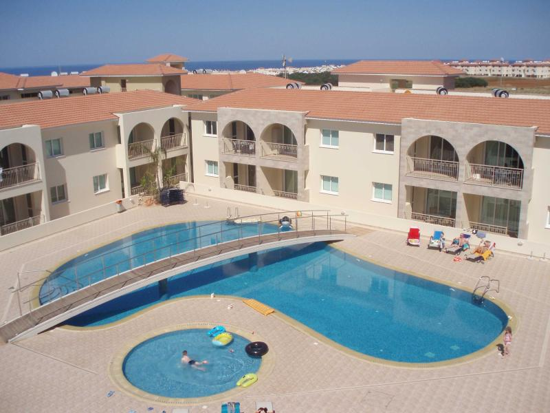 Kapparis Great Kings 2 bedroom apartment, holiday rental in Dherinia