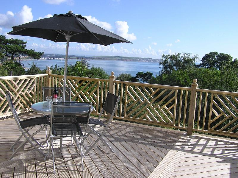 5 The Priory, holiday rental in Bonchurch