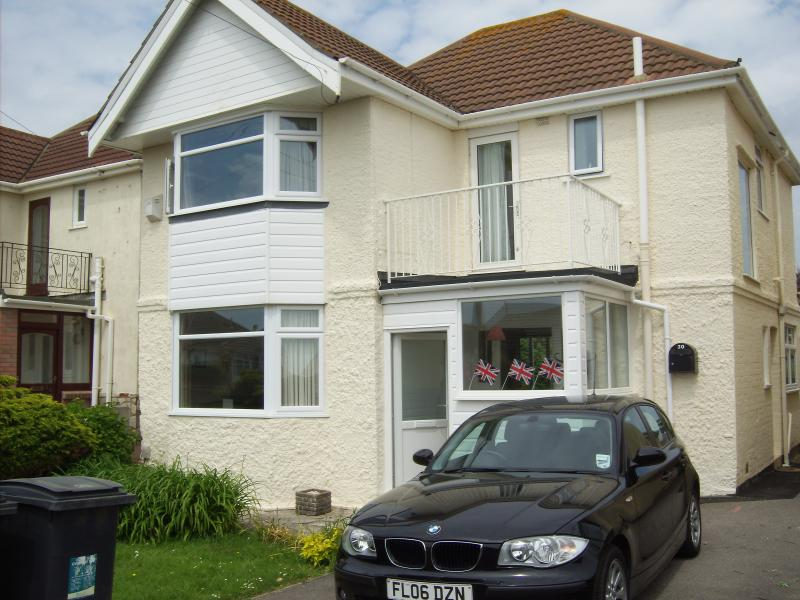 Dalmeny Road - 2022 Now Booking, Ferienwohnung in Bournemouth