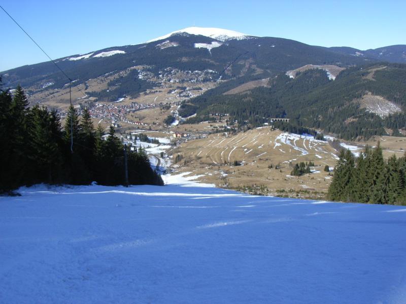Top of main slope looking at Kralova Hola